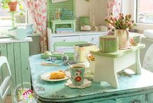 Country Chic Kitchens / Pastels, florals and pretty accessories makes for an inviting room to spend time in!