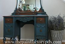 Chalk Paint ® | Aubusson Blue