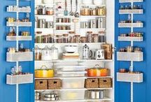 elfa Pantry / What will you do with your newfound pantry space? Leave more room for all the snacks, cooking essentials and drinks while making it all easy to see and grab! From shelves, to baskets to over-the-door wall-racks that give you quick space where there once was none, you'll get it all with elfa.