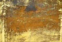 lustre / Golden lustre, iridescent shimmer, faded metallics and patina