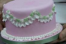Sweets & cakes to decorates
