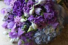Bruidsboeket paars/ purple  & blauw/ blue / mogelijkheden voor paarse en blauwe bruidsboeketten.