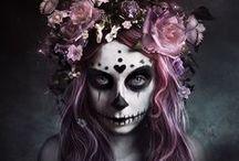 Sugar Skulls / by Cassandra Demeanour