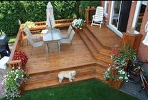 Multi-Level Decks / Looking to add a deck to your home that has several levels? Perhaps with built-seating? Then this board is for you. #decks #diyprojects