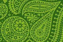"Green For ""Mehandi"" / Green Colour Wedding Inspiration"