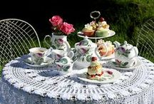 Redoute Rose / This wonderful classic design is complete with a range of textiles, a cookware, and dinner & tea sets.