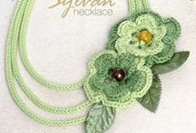 Crochet Jewellery / Free crochet patterns for great yarn craft jewellery - great gift ideas and the ideal way to use up scraps of yarn