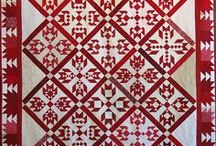 QUILTS...RED AND WHITE / by theresa duncan