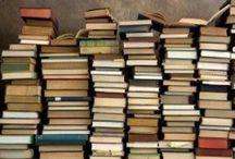 Book Worm Reads / by Kimberly Bignon Organize U