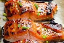 Healthy Fish and Seafood Recipes / A collection of clean eating approved, delicious-looking fish and seafood recipes from around the web. / by Angela @ Eat Spin Run Repeat