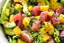 Healthy Poke Bowl Recipes / tuna poke bowls || salmon poke bowls || healthy poke bowl recipes || gluten-free poke bows || poke salads