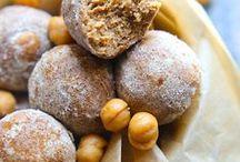Protein Bites + Energy Balls / protein balls || energy bites || no-bake energy balls || healthy desserts || high protein snacks || paleo energy bites || paleo protein balls || vegan protein balls || healthy snacks
