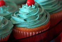 Cakes and Bakes / Lovely cakes and scrumptious bakes!