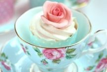 Cupcakes pop cakes and more / by Elvira Bellanero