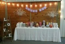 Two Fat Men Candy Bars / Candy Bars are such a fun party favors for your guests to be able to bring home a treat after your special event!  www.twofatmencatering.com