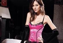 En çekici iç giyim modelleri / Sexy lingerie models / En çekici iç giyim, vücut çorabı, jartiyer takım ve fantazi takım modelleri / Sexy lingerie, body stocking, garters and corsets