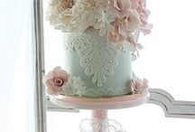 Love these cakes too! / Dreamy sugarcraft designs by talented people