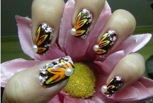 Manicure Madness / Will this fad ever end?  They are so gaudy and ugly.  GAUDY --  Adjective:  Extravagantly bright, typically so as to be tasteless.    GAUDY --  Synonyms:  garish - loud - showy - tawdry