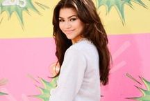 ♥ Bella Thorne And Zendaya Coleman  ♥ / Bella and Zendaya