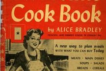 Vintage Cookbooks / Neat looking vintage cookbooks