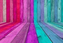 A Pop of Colour / Colourful surroundings