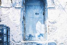 DOORS / Loving doors