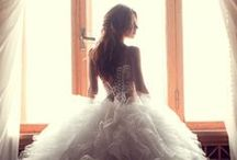 For the BRIDE... Ideas / Ideas for brides-to-be! Dresses, hairstyles, shoes, bouquets, etc!