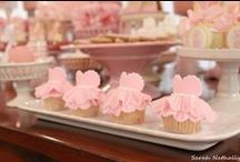 and thats how my daughter's first birthday party would be ^_^