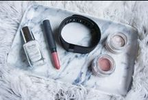 On The Blog - Danielea.com / Danielea.com is a Beauty & Lifestyle blog that features posts on  Makeup, Skincare, Fashion, Home Decor / Interiors, & Technology. Click the link to find Reviews, swatches, how to's & inspiration as well as blogging tips & advice.