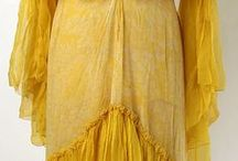 001. Жёлтые платья.