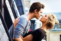 Be like a movie star! / Miłość to uczucie, które jest wieczne <3  Zamieszczam tu rzeczy, które mnie wzruszają: pocałunki , serduszka , urocze miejsca, które chciałabym przeżyć i zobaczyć. W moim romantycznym filmie znalazłyby się właśnie takie rzeczy.  Życzę miłego oglądania i rozmarzaniu się o takich chwilach , urywkach z życia do których warto wracać. ;*
