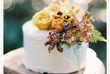 Beautiful Weddings / by Christie Halvorson