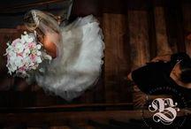 Breathtaking Wedding Photos / by Bride & Blossom