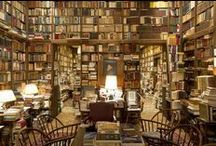 Libraries of the rich and famous / Libraries of some of the most famous writers, musicians, film-makers, professors and TV personalities