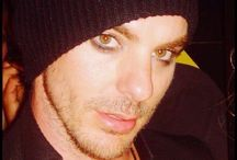 Shannon Leto / The sexy and cute man that i love / by Kayna Filan