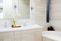 Bathroom Design & Decor Ideas / Gorgeous bathroom alert! Whether you're looking to update your current bathroom, or simply enjoy dreaming about what might be possible, here's our board dedicated to creating the perfect cosy bathroom.