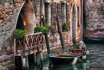 Visions of Venezia / Photos and paintings of Venice.