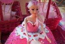 Barbie party / Barbie doll cake