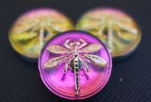Czech Glass Cabochons with Dragonfly | ScaraBeads.com / http://www.scarabeads.com/Glass-Buttons/Cabochon-buttons