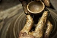 Les mains reflets de notre vie / Quand on ouvre nos mains, il suffit de rien dix fois rien, il suffit d'une ou deux secondes ...