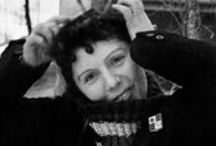 Germaine Chaumel, photographe, Toulouse / Originaire de Blagnac, Germaine Chaumel était une artiste multiple, à la fois pianiste, dessinatrice et chanteuse d'opéra.  De nombreuses expositions et ouvrages ont déjà consacré cette artiste de talent. Notamment, l'Espace EDF Bazacle lui avait dédié une exposition pour le 30e anniversaire de sa mort en 2012. Cette artiste est aussi chère à notre société puisqu'elle est l'arrière grand-mère de Mickaël Merz, directeur général du groupe Sporting.