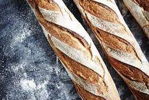 Le bon pain par Intermarché ! / Parce que nous fabriquons plus d'un million de baguettes par jour, nous savons faire du bon pain.