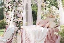 Schlafen wie im Märchen / Träumen, schlummern und schlafen wie im Märchen, Kissen, Decken, Bettdecke, Schlafzimmer, Bett, Dekoration, Decor, Wohnen,