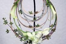 """Wedding Ikebana Flower Arrangements / Composizioni per matrimoni, create con l'arte Ikebana detta dei """"fiori viventi"""". Perfette come addobbi, centrotavola, segnaposto o bouquet. Sicuramente di sicuro effetto e minimal chic come vuole la tendenza 2016. - Less is more -"""
