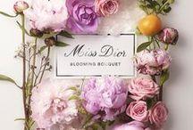 Arranjo de flores & Flower arrangement / Buque de flores,flores, e arranjo de flores...