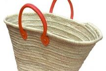 beach baskets / Collection straw beach basket will be your go to holdall this summer! Tote your towels or carry your market finds in style! straw bag is handmade in the villages of Morocco from palm leaf and water reed. handcrafted market baskets Straw Beach Bag the ultimate sustainable product.