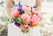 Blooms / Beautiful bouquets for you and your ladies!