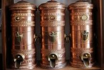 COFFEE BEAN ☕ ZÁSOBNÍKY NA KÁVU / Nerezové zásobníky v různých formách provedení používané v pražírnách, obchodech i kavárnách. Dávkovací otočný • Kaffeeverkaufsbehälter • Coffee Bean Silos • Kaffeespender • Kaffeeschütte • Kaffeesilo • Kaffee Spender • Silo • Kaffeesilo • Kaffeebehälter • Kaffeedosierer • Kaffeedose • Zásobník zrnkové kávy. Kávové příslušenství. Zásobník na kávu pultový.