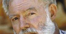 """Hemingway """" Journaliste et écrivain """" / Ernest Hemingway journaliste de guerre puis écrivain célèbre """" 1899 à 1961 """" la légende dit qu'il aurait travaillé pour la CIA car ami de Fidèle Castro."""
