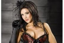 steampunk beauties, cyberpunk, goths,  burlesque, pinups, corsets & other sexiness